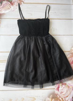 Черное алвтье с бархатом и фатиновой юбкой