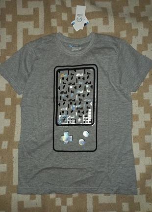 Стильная футболка