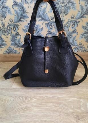 Стильная кожаная сумочка4 фото