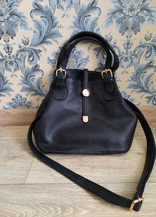 Стильная кожаная сумочка3 фото