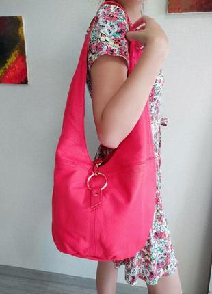 Яркая красная сумка liebeskind berlin ориганал