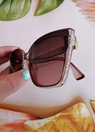 Эксклюзивные брендовые нежно розовые с блёстками солнцезащитные женские очки лисички 2021