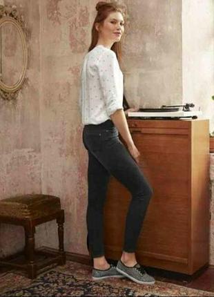 Легкая вискозная блуза 42-44 esmara германия