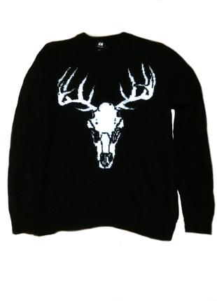 Черный свитер с принтом черепа оленя