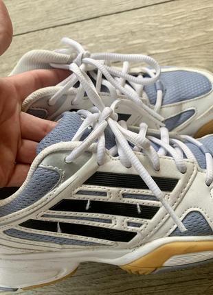 Оригінальні кросівки в ідеальному стані