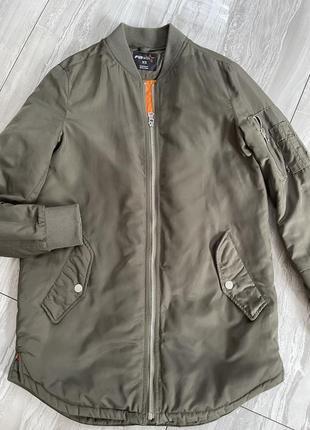 Классная курточка-бомбер от fb
