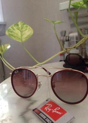 Шикарные очки от от ray-ban.
