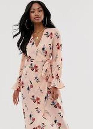 Эксклюзивное розовое платье миди на запах и цветочным принтом