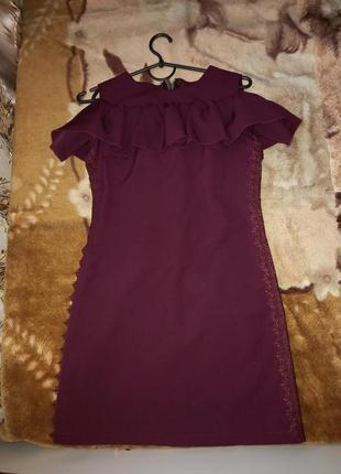 Плаття з узором з боку