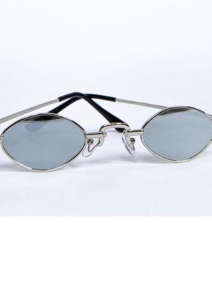 Очки овальная форма зеркальные полупрозрачные