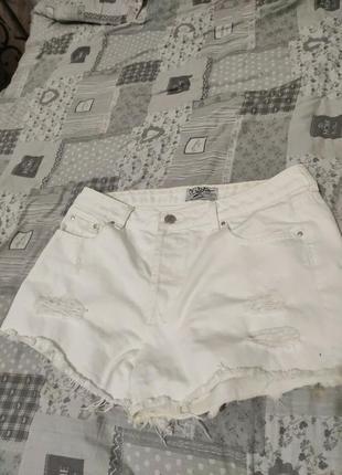 Джинсовые шорты, белые шорты,шорты