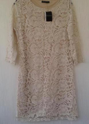 Невероятное кружевное платье
