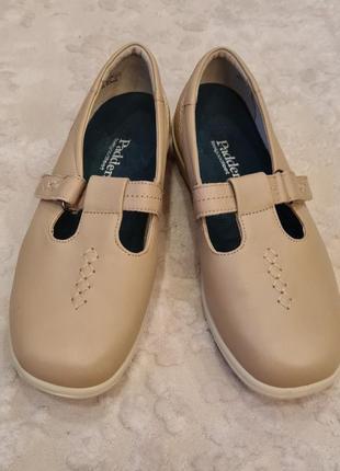 Удобные кожаные брендовые туфли.- новые.