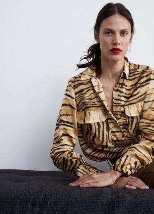 Сатиновая рубашка блуза в тигровый анималистический принт от zara