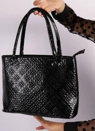 Стильная сумка лак