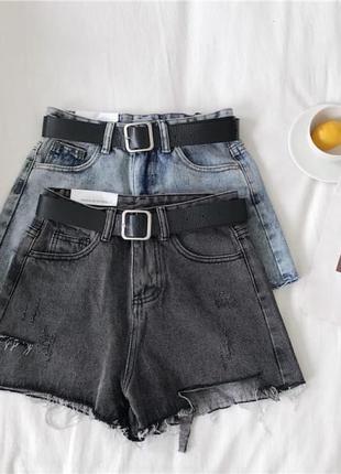 Женские короткие джинсовые шорты с ремнем