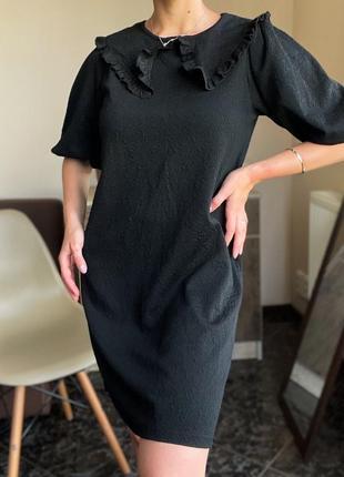 Чёрное платье с воротником zara
