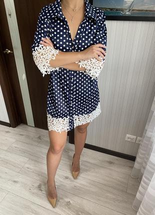 Платье рубашка в горошек и с кружевом размер s