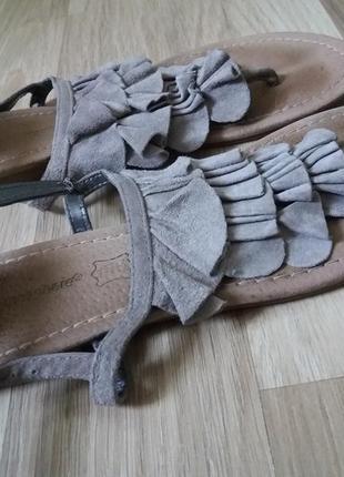 27. женские босоножки вьетнамки британия р.40 кожаные закрытая пятка