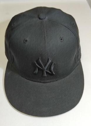 Бейсболка new era (59 fifty), цвет - черный, длина окружности головы - 56,8 см./
