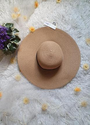 Шикарная шляпа! незаменимая вещь на отдыхе!!!