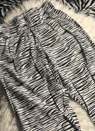 Лёгкие высокие штаны, шаровары зебра