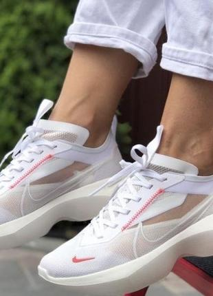 Стильные кроссовки найк