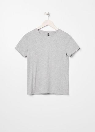 Жіноча футболка сіра