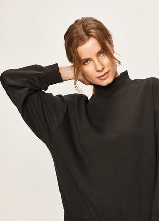 Черный свитшот свитер с горлом стойкой кофта теплый гольф