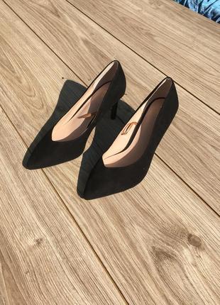 Стильные актуальные туфли h&m лодочки на каблуке босоножки тренд zara asos балетки