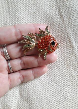 Винтажная винтаж брошь кулон  золотая рыбка сша