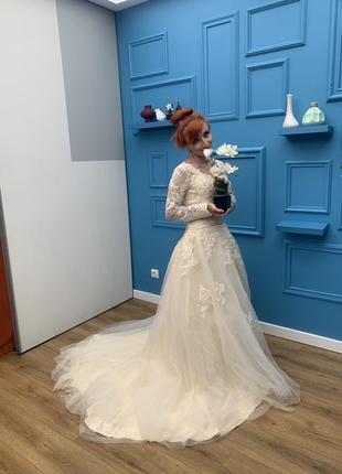 Новое свадебное платье (покупалось 2 платья, выходила замуж в другом, предоставлю фото)