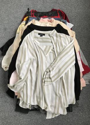 Лот одягу 28 одиниць