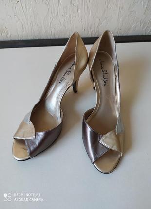 Шкіряні туфлі, розмір 39