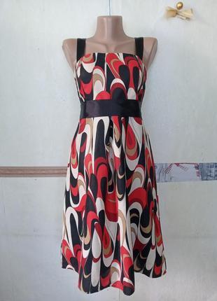 Красивое платье р.м
