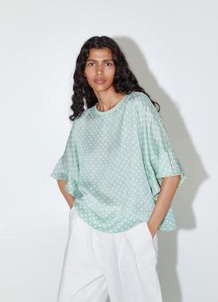 Легкая блузка в горошек zara