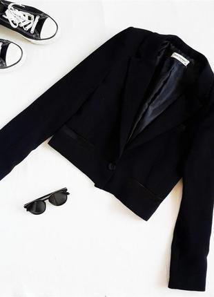 Пиджак укороченный тренд