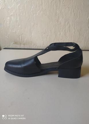 Туфлі, босоніжки, розмір 39