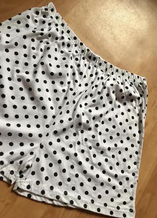 Новые шорты белые в горох горошек