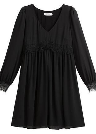 Черное платье naf naf с длинным рукавом