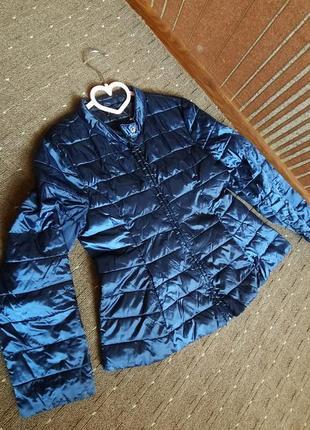 Демисезонная куртка на 7-9лет