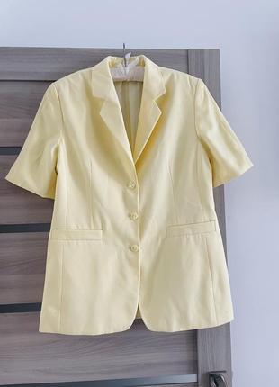 Піджак жакет желтый