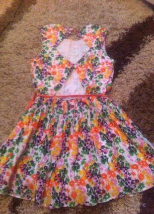 Дуже гарне літнє плаття