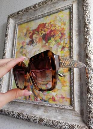 Эксклюзивные брендовые солнцезащитные женские очки в черепаховой оправе 20214 фото