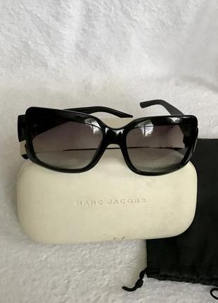 Marc jacobs оригинал, очки солнцезащитные в твёрдом футляре. топ уровень!