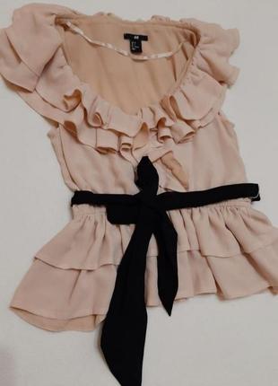 Блузка h&m майка футболка с рюшиками и оборками с поясом