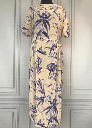 Очень красивое платье 👗 в принт  птицы
