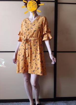 Платье в цветочный принт, под поясок, рукава рюши, оборки papaya
