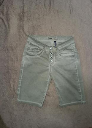 Шорты бриджи джинсовые женские суперстрейч