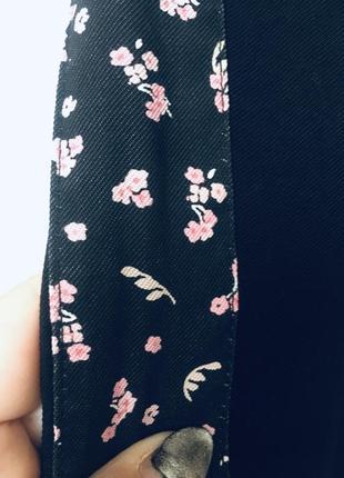 Стильные штаны с лампасами в цветочный принт clockhouse